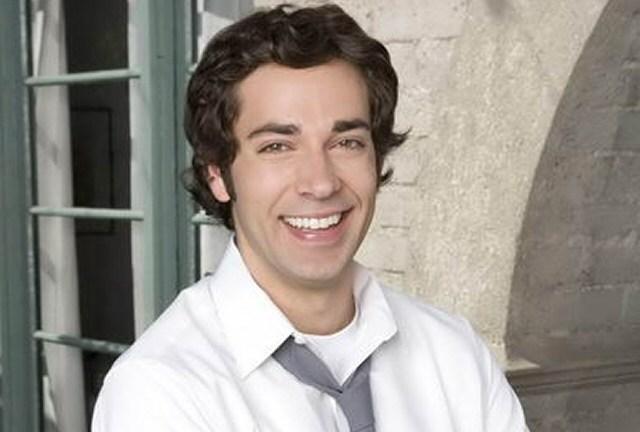 Zachary Levi aka Chuck.