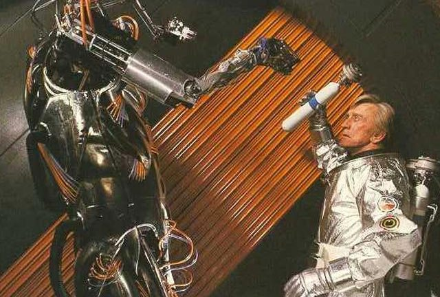 Kirk Douglas fights Hector in Saturn 3 (1980)