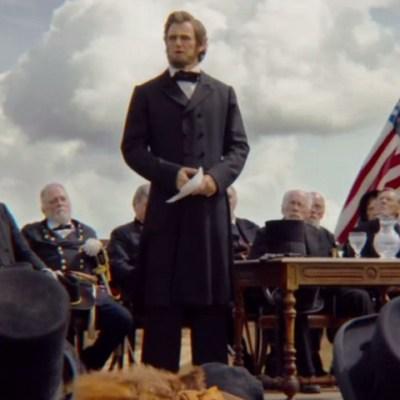 Bloodier Trailer For Abraham Lincoln Vampire Hunter Den Of Geek