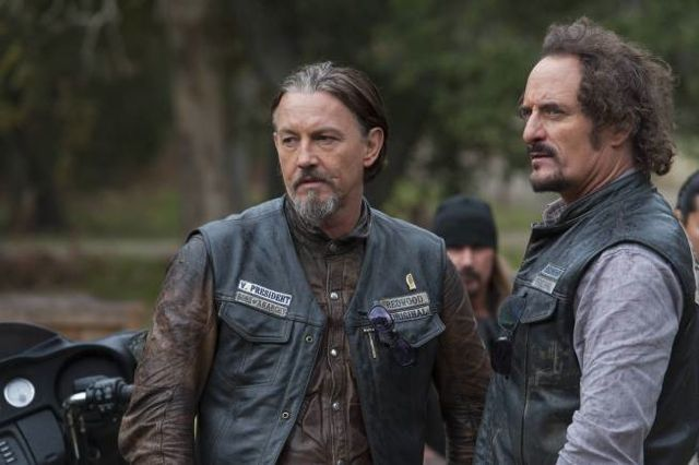 Sons Of Anarchy Season 6 Episode 12 Review You Are My Sunshine Den Of Geek