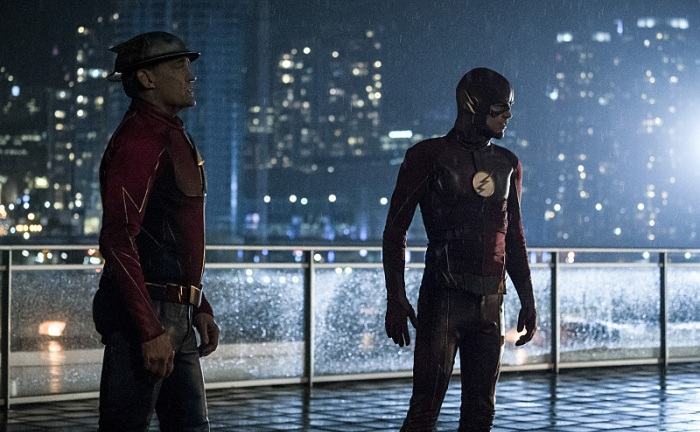The Flash Season 3 Episode 9: The Present Review