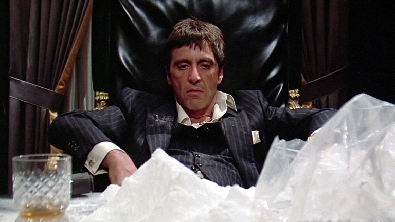 Al Pacino Does Cocaine in Scarface