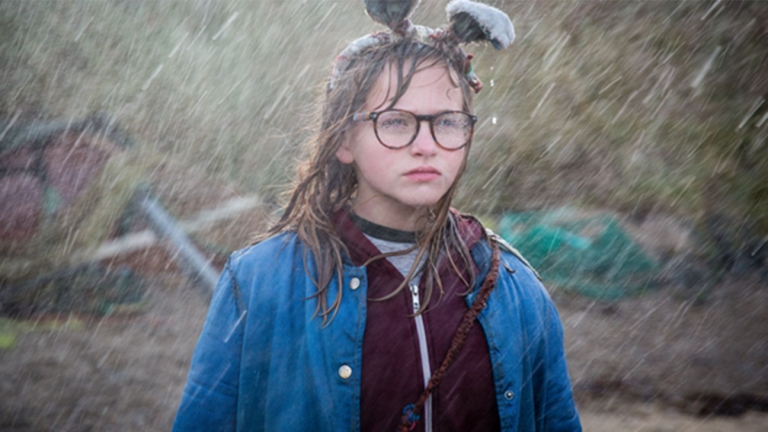 A Graphic Novel Comes to Life in the I Kill Giants Trailer | Den of Geek