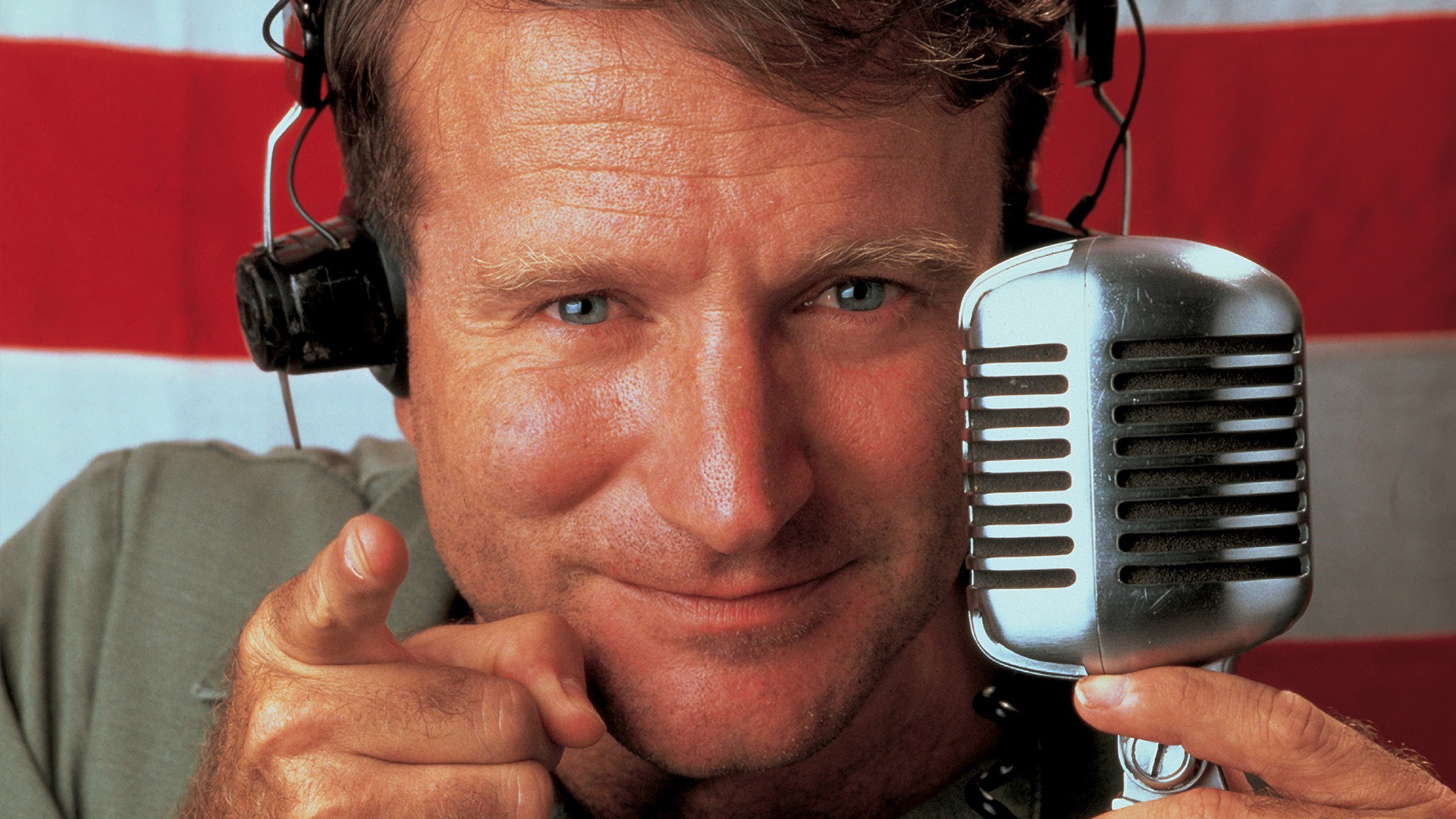 Good Morning, Vietnam (1987) –  Biography, Comedy, Drama