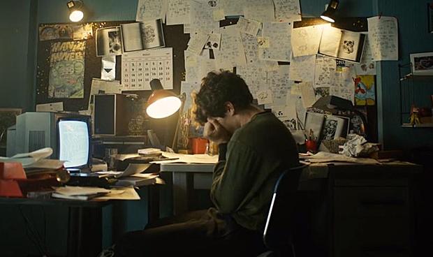 Fionn Whitehead in Black Mirror: Bandersnatch on Netflix