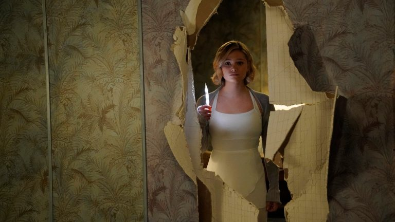 Olivia Holt as Tandy in Cloak and Dagger Season 2 Episode 8