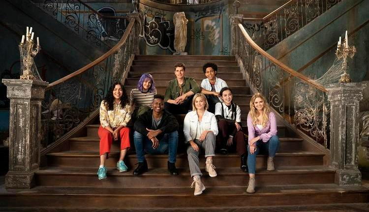 The Casts of Marvel's Runaways & Marvel's Cloak and Dagger