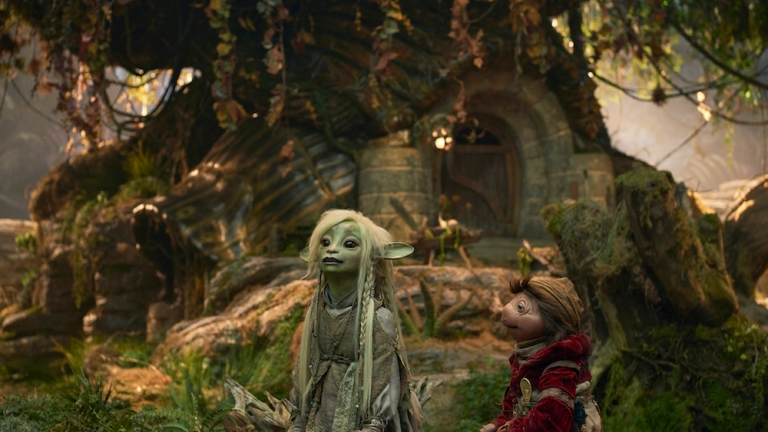 Deet and Hup in the Stonewood in The Dark Crystal: Age of Resistance
