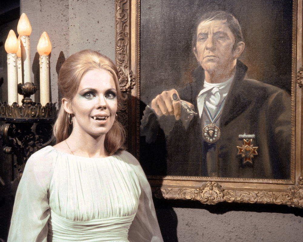 Dark Shadows Tv Show In Development At The Cw Den Of Geek