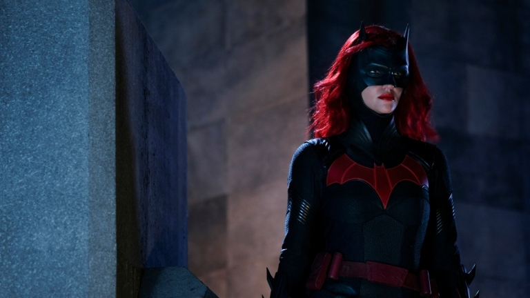 Every DC Comics and Batman Easter Egg in the Batwoman TV Series