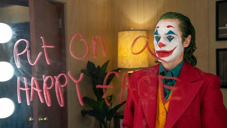 Every DC Comics and Batman Reference in the Joker Movie