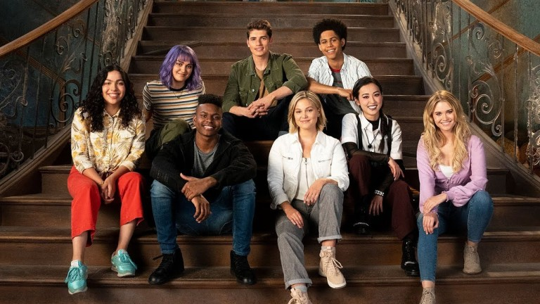 The Casts of Marvel's Runaways and Marvel's Cloak and Dagger Together