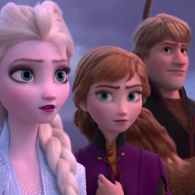 Frozen 2 Review Elsa and Anna