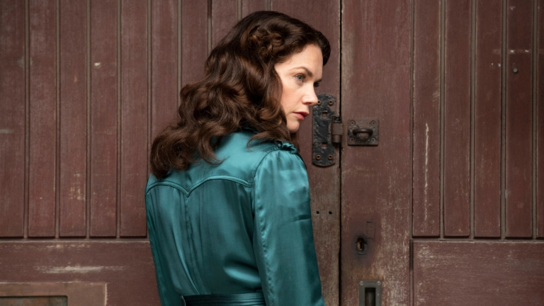 Ruth Wilson as Mrs. Coulter in His Dark Materials on HBO