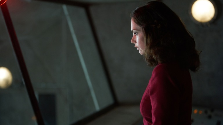 Ruth Wilson as Mrs. Coulter in His Dark Materials Episode 6