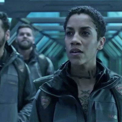 Steven Strait as James Holden and Dom Tipper as Naomi Nagata in The Expanse Season 4 on Amazon