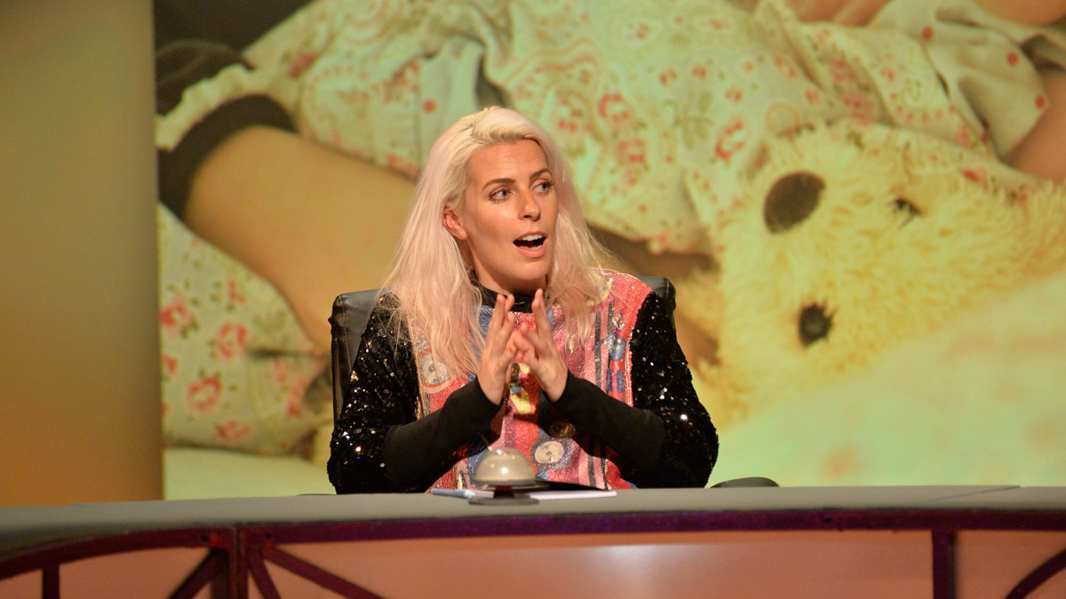 Sara Pascoe on BBC Two's QI