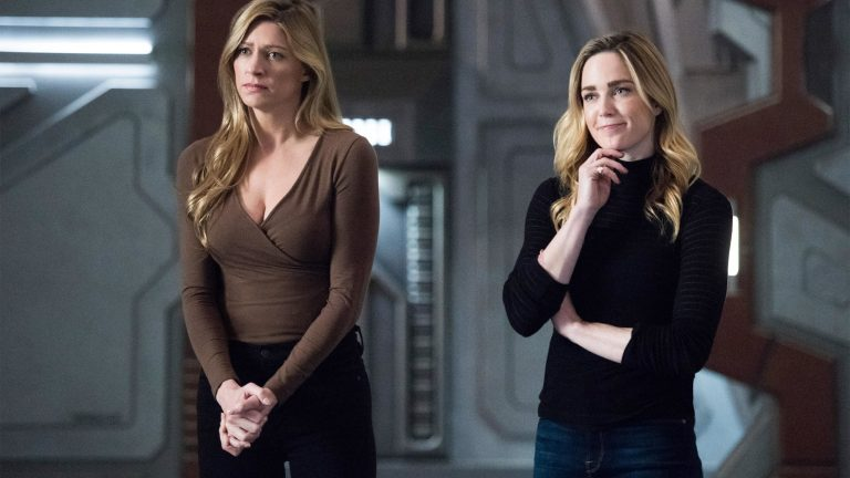 Caity Lotz and Jes Macallan as Sara and Ava in Legends of Tomorrow