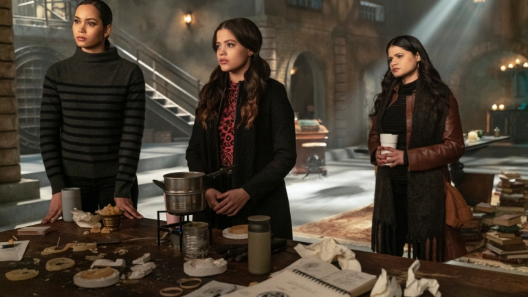 Charmed Season 2 Episode 15 Third Time's The Charm