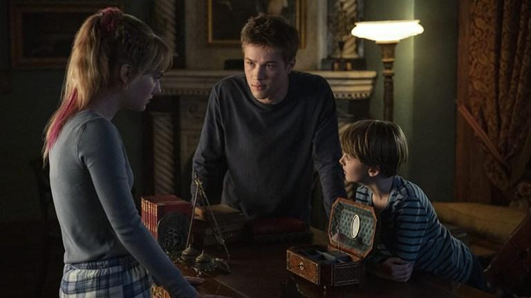 Locke & Key: Emilia Jones, Connor Jessup and Jackson Robert Scott