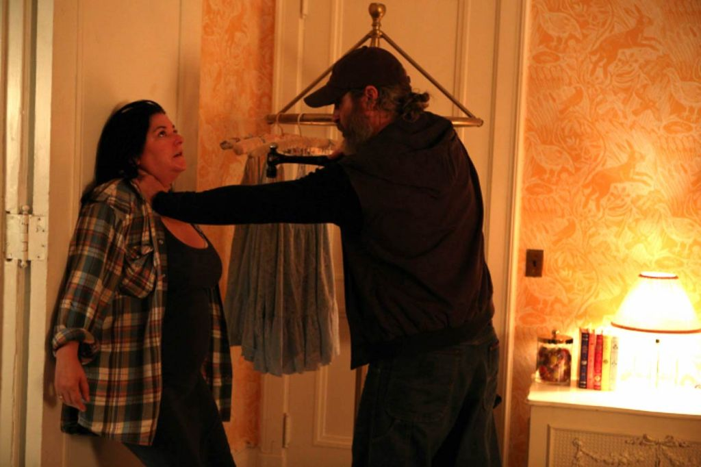 Lynne Ramsay and Joaquin Phoenix on the set of You Were Never Really Here
