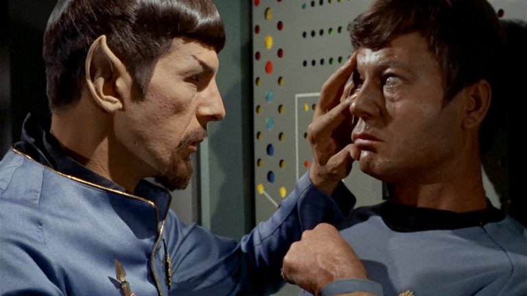 Spock performing a Vulcan mind meld