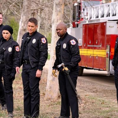 911 and 911: Lone Star Renewed