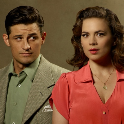 Enver Gjokaj and Hayley Atwell on Agent Carter