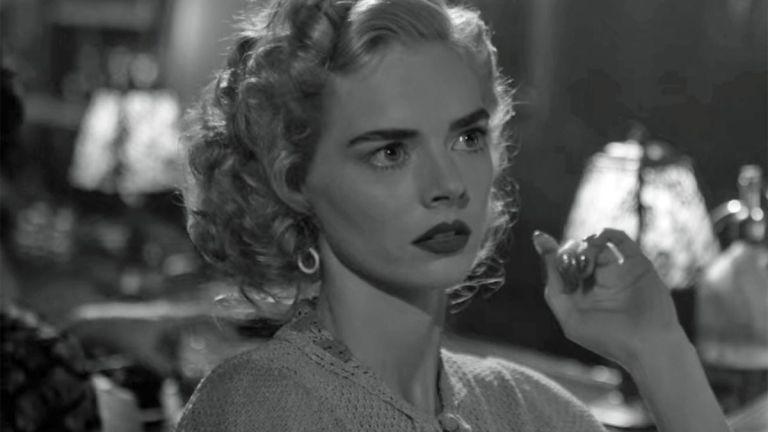Samara Weaving in Hollywood Episode 6