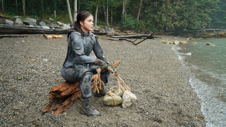 Marie Avgeropoulous as Octavia in The 100