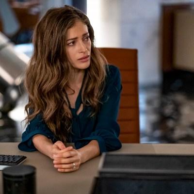 Efrat Dor as Eva McCulloch, Mirror Master on The Flash Season 6