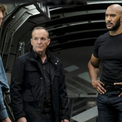 Gordon, Coulson, and Mack in Agents of SHIELD