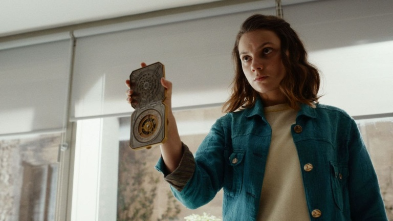 Dafne Keen as Lyra in His Dark Materials Season 2