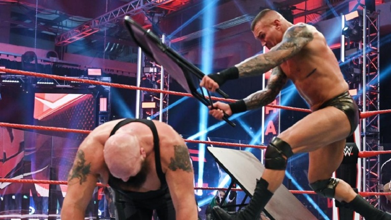 WWE Raw: Randy Orton vs. Big Show