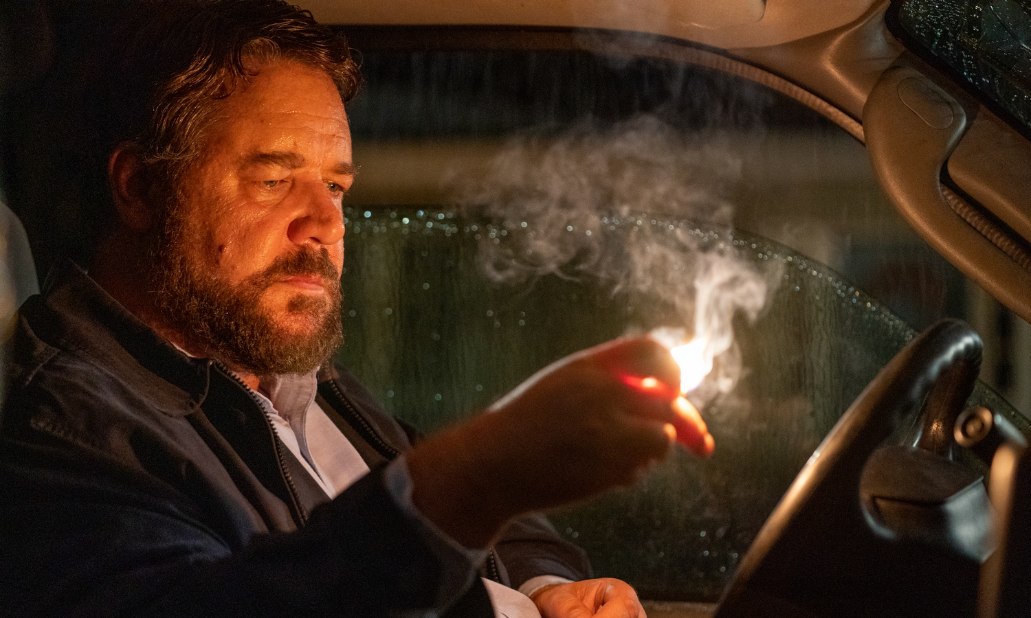 Unhinged Review: Russell Crowe Descends to Slasher Shlock | Den of ...