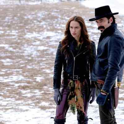 Wynonna and Doc in Wynonna Earp Season 4 Episode 5