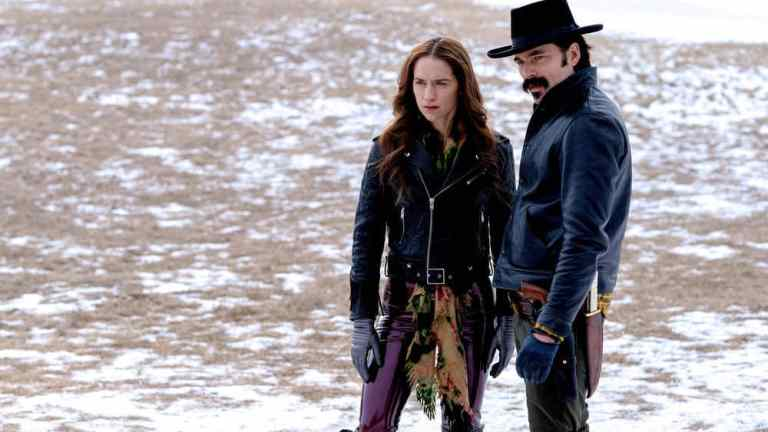 Wynonna and Doc in Wynonna Earp Season 4 Episode 5