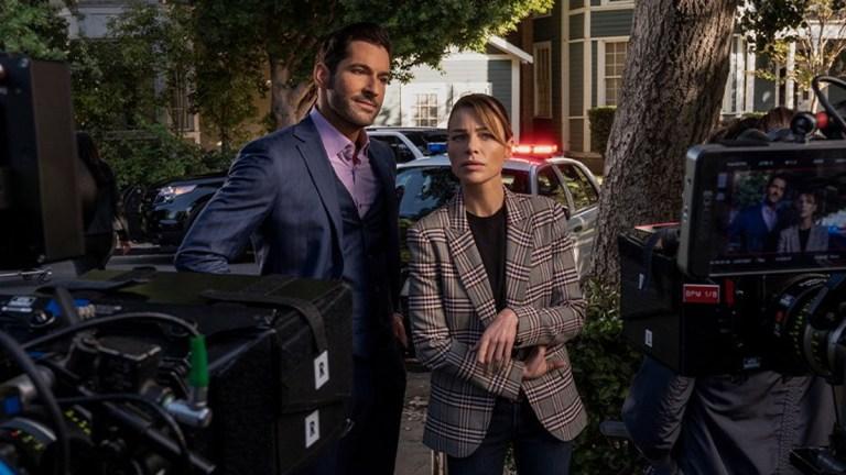 """Tom Ellis and Lauren German in Lucifer Season 5, """"Our Mojo"""""""