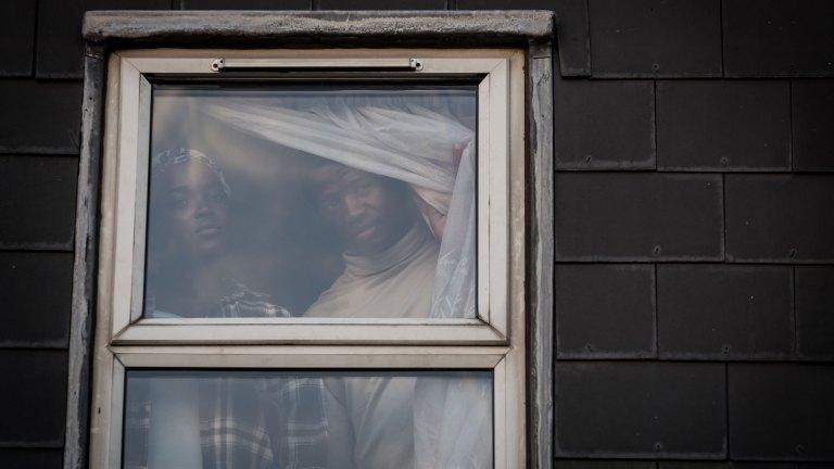 Ṣọpẹ́ Dìrísù and Wunmi Mosaku in Netflix's His House Trailer