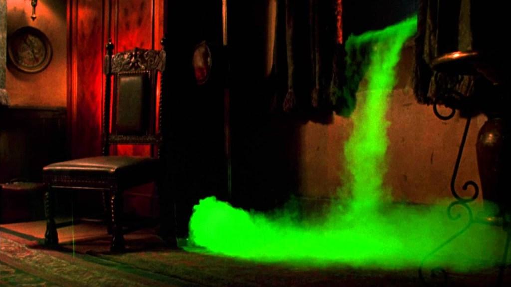 Green Mist comes for Mina in Bram Stoker's Dracula