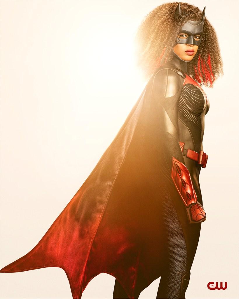 How Batwoman Season 2's Batsuit Improves on the Original