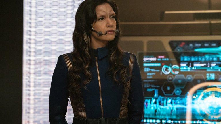 Rachael Ancheril as Commander Nhan in Star Trek: Discovery Season 3 Episode 5