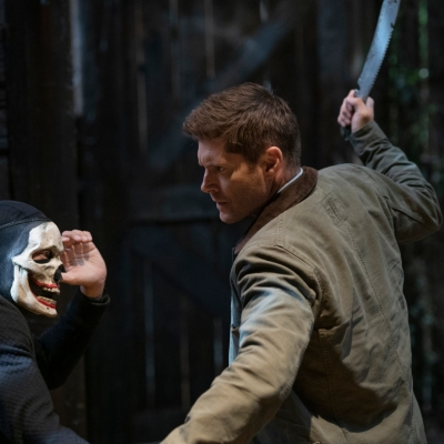 Dean Fights a Masked Vampire in the Supernatural Series Finale
