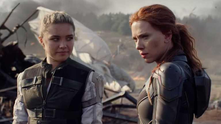 Florence Pugh and Scarlett Johansson in Black Widow