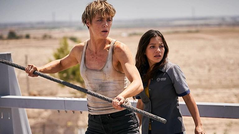 Mackenzie Davis and Natalia Reyes in Terminator: Dark Fate