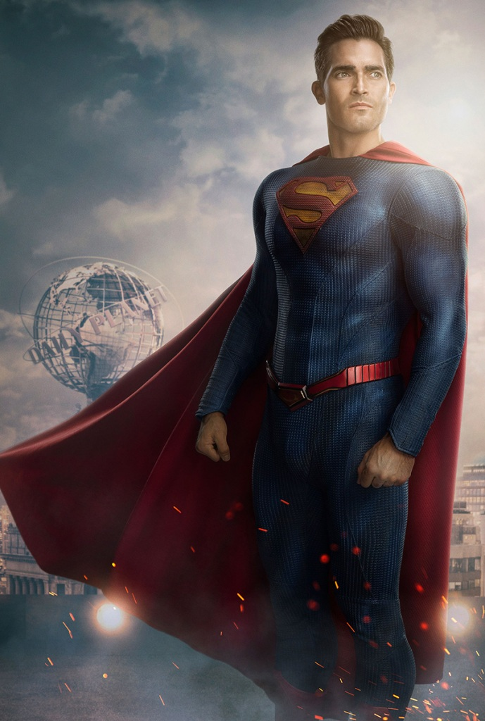 IMAGE(https://www.denofgeek.com/wp-content/uploads/2020/12/new-superman-costume-cw-tv.jpg?resize=689,1024)