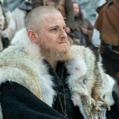 Alexander Ludwig como Björn con los vikingos