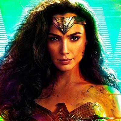 Zack Snyder's Vicious Wonder Woman Photo Reflects Warner's Early Internal War