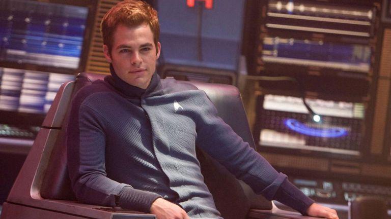 Kirk sits in a chair during the Kobayashia Maru test in Star Trek 2009