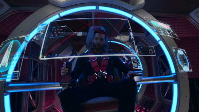 Alex Kamal piloting the Razorback in The Expanse